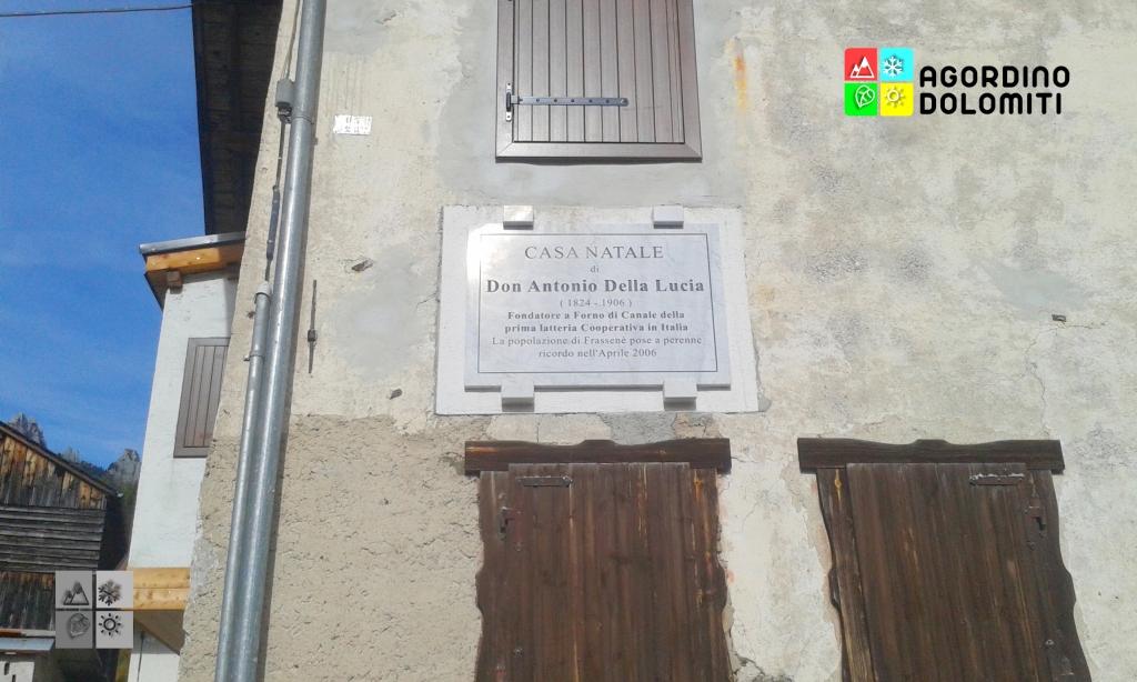 Targa commemorativa dedicata a Don Antonio Della Lucia a Frassenè