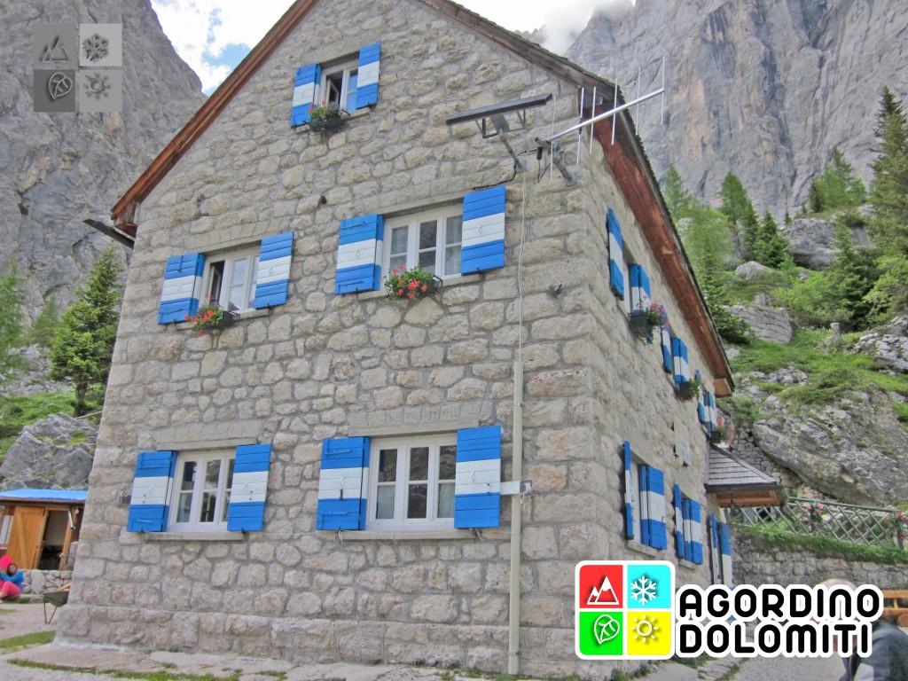 Il Rifugio Falier in Val Ombretta
