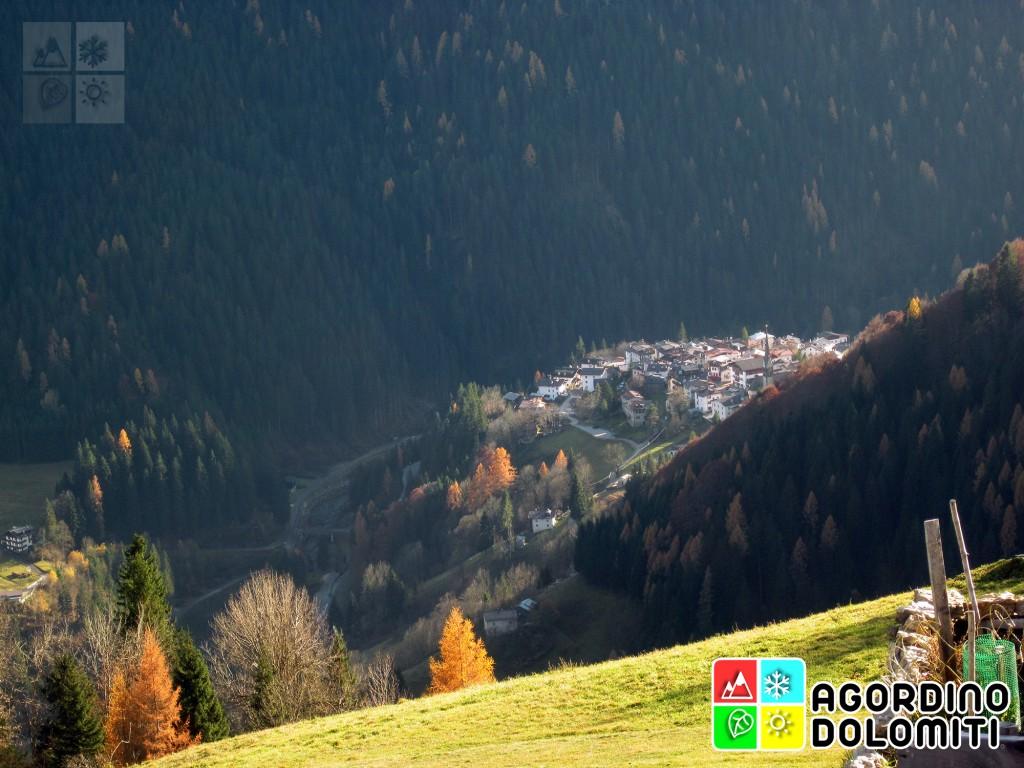 La frazione di Rocca Pietore, sede municipale del Comune