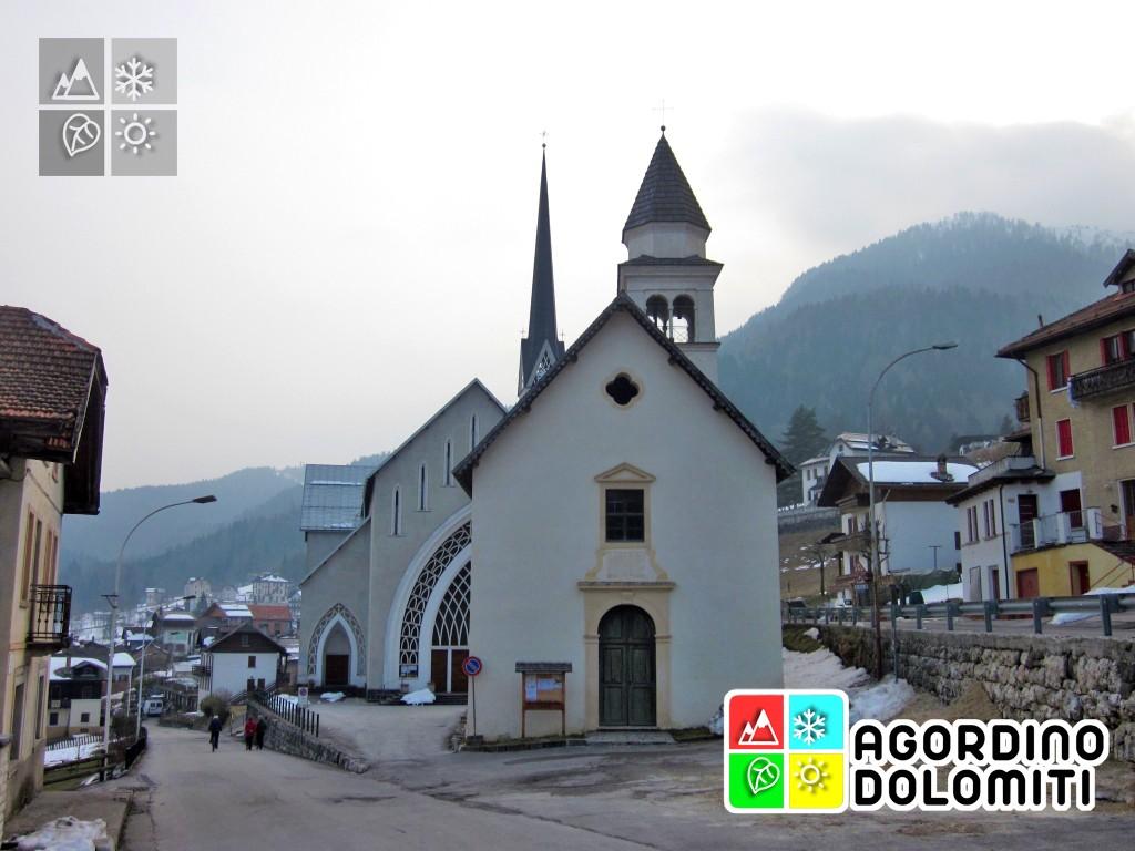 La vecchia e la nuova chiesa di Frassenè
