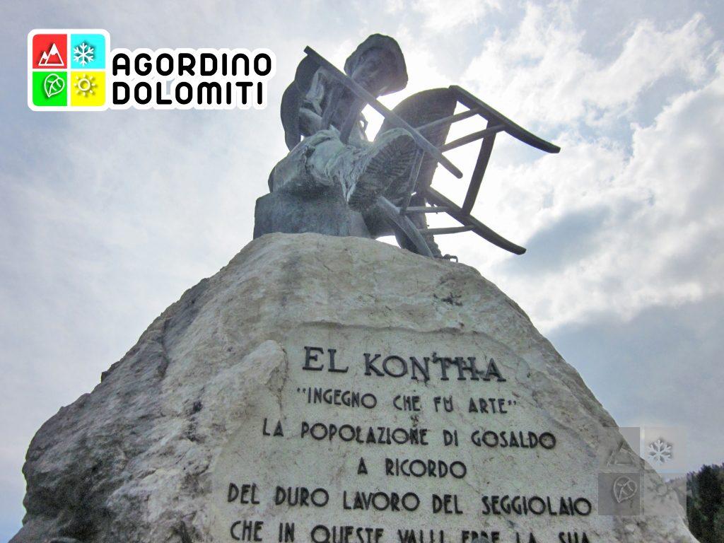 Monumento al Seggiolaio nella piazza di Don di Gosaldo