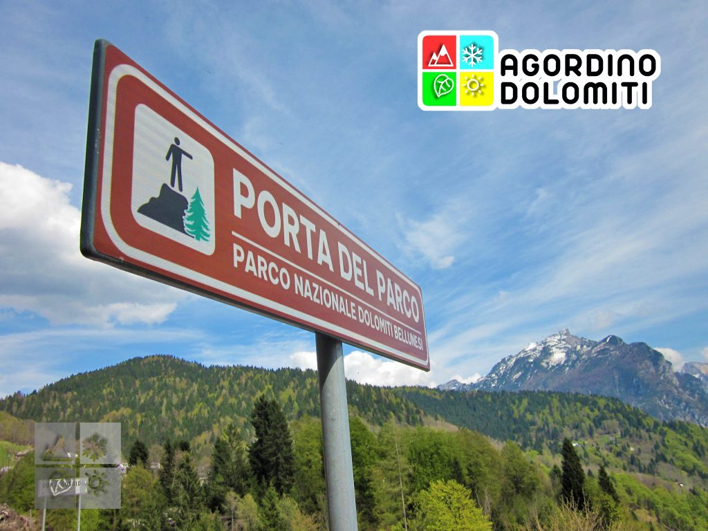 Cartello del Parco Nazionale delle Dolomiti Bellunesi a Gosaldo