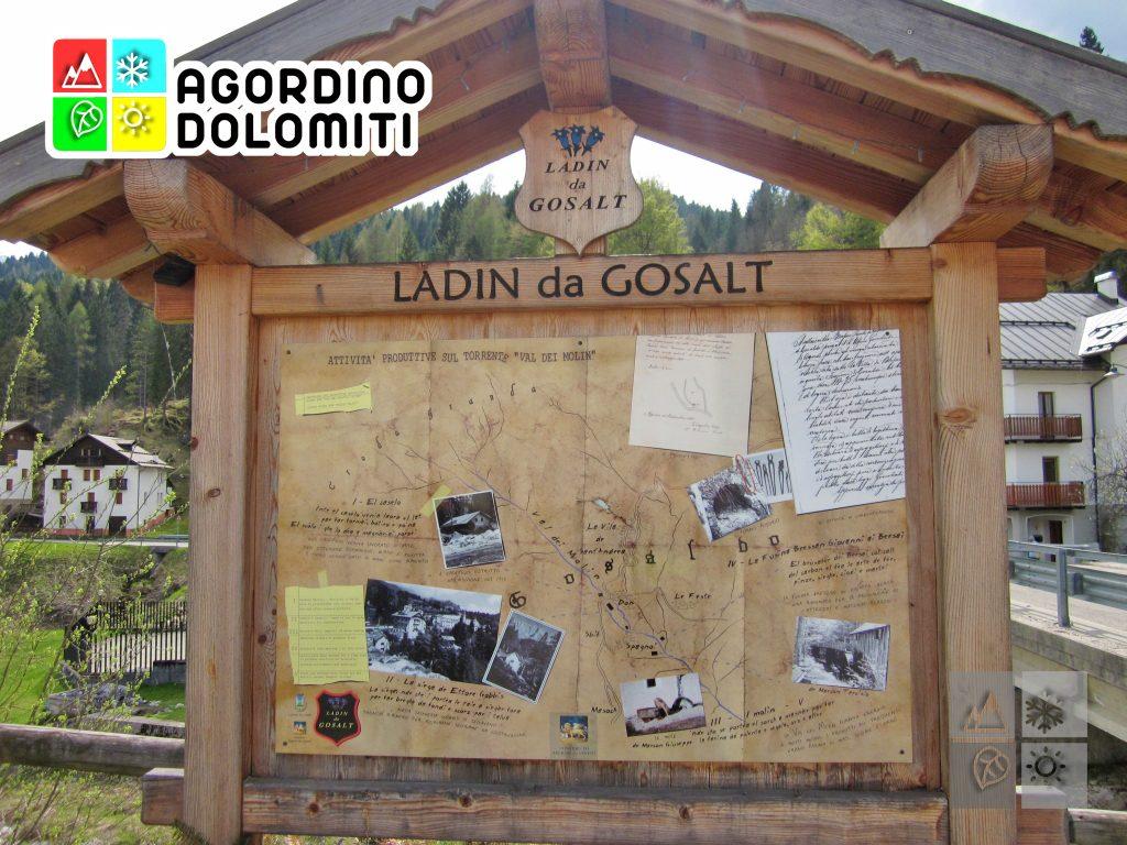 Pannello con informazioni turistiche al Don di Gosaldo