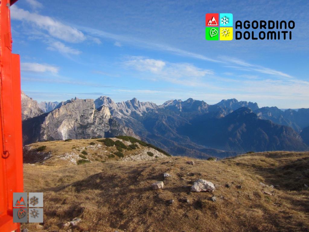 Veduta sulle Dolomiti della Conca Agordina dal Bivacco Bedin