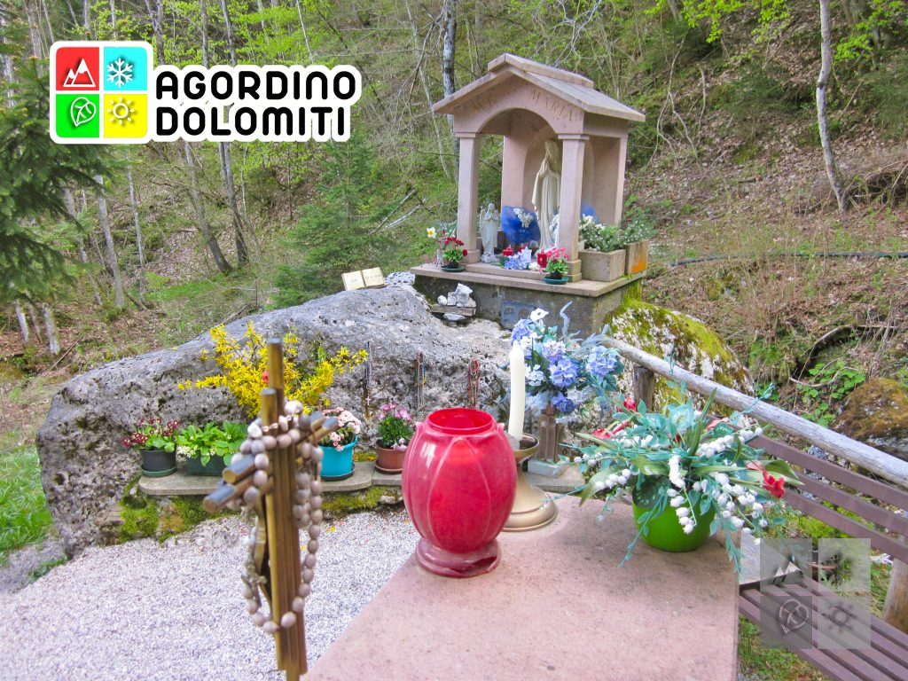Il Sass de la Madonna a Voltago Agordino