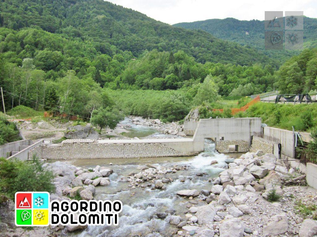 La contestata centralina idroelettrica che sarà presto rimossa